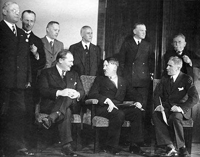 Hitler premier cabinet gouvernement ministres