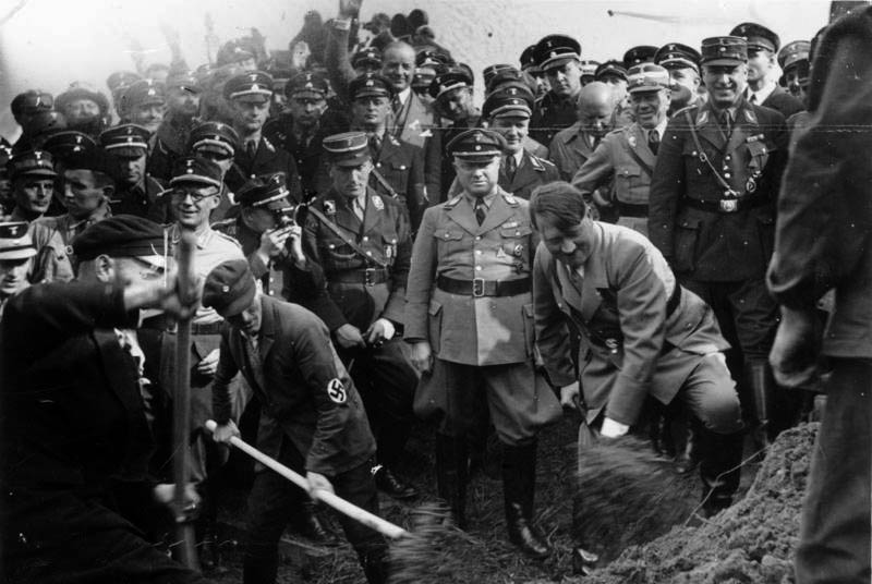 Reichsautobahn, Adolf Hitler beim 1. Spatenstich, bei Frankfurt