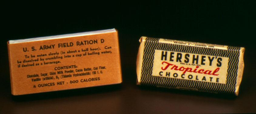 barre de chocolat Tropical de la marque Hershey avec manuel de consommation par Armée américaine