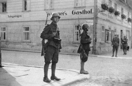 Soldats Armée tchécoslovaque région Sudètes septembre 1938
