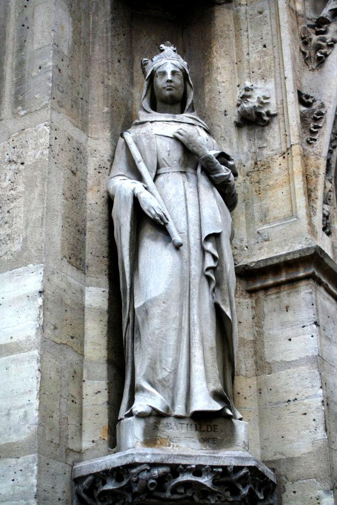 Statue-de-Sainte-Bathilde reine mérovingienne de-Louis-Desprez-1841
