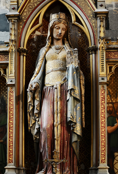 Statue-de-l'autel-de-la-chapelle-Sainte-Clotilde-Photo-de-Basilique-Sainte-Clotilde-Paris